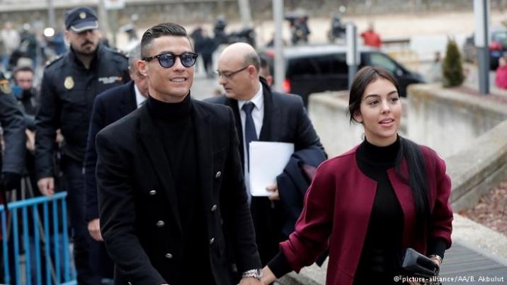 Cristiano Ronaldo admite fraude fiscal e entra em acordo com a Justiça